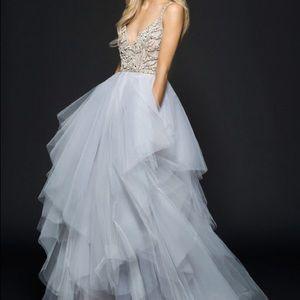 **MUST SELL** Hayley Paige Arlo Wedding Dress